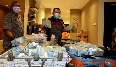 Markas Sindiket Warga China Diserbu, RM2.5 Juta Dirampas