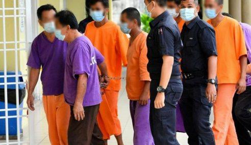 Pencemaran Sungai Selangor: 8 Lelaki Direman 7 Hari