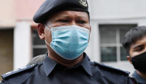 Polis Temui 40 Tong Bahan Buangan Punca Pencemaran