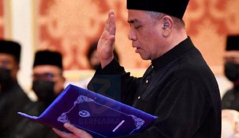 Saarani Angkat Sumpah Jawatan MB Perak Ke-14