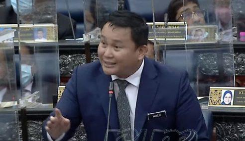 Dewan Rakyat Kecoh Dakwaan Tunjuk Isyarat Lucah
