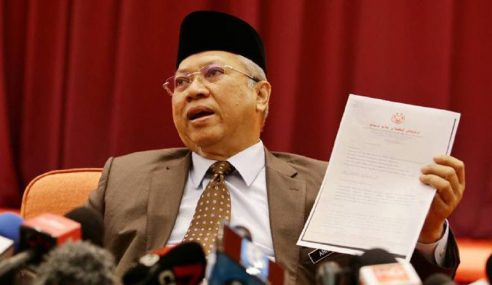 Annuar Dedah Pemimpin UMNO Keluar Surat Sokong Anwar
