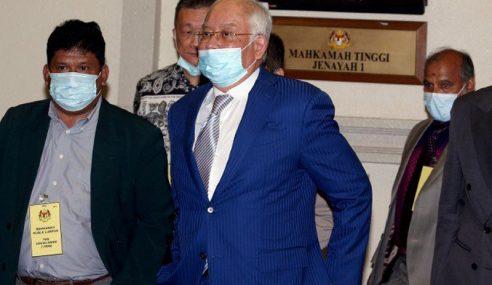 Pendakwaan Mohon Mahkamah Keluar Amaran Terhadap Najib