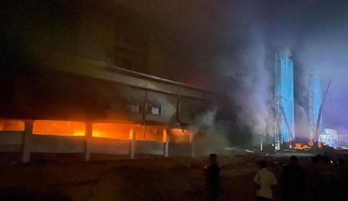 Bangunan Tambahan Hospital Tanah Merah Terbakar