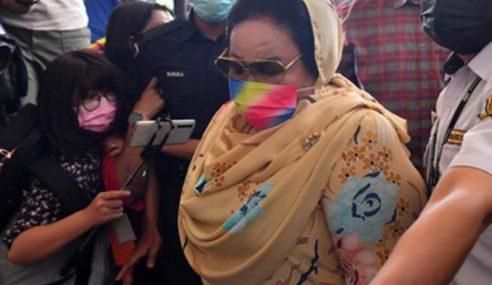 Mahkamah Tinggi Arah Rosmah Bela Diri Atas 3 Tuduhan Rasuah