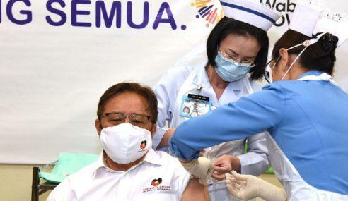Jangan Takut Ambil Vaksin Covid-19 – Abang Johari