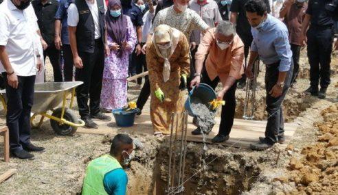 Swasta, Individu Diminta Bantu Bina Rumah Mangsa Banjir – Agong