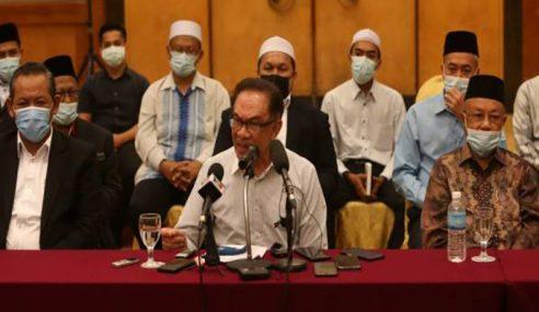 Azmin Memang Pandai Soal Video Dan Audio – Anwar