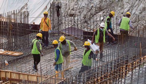 Kerajaan Kaji Pengambilan Semula Pekerja Asing