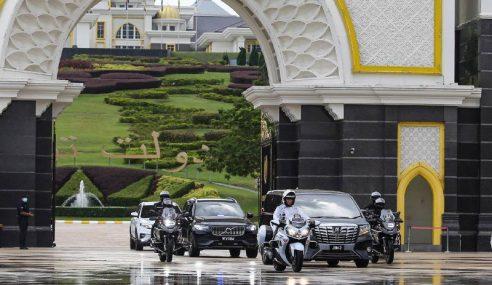 PM Selesai Menghadap Agong