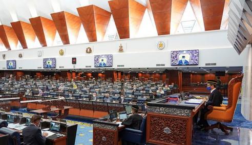 Ahli Parlimen UMNO Masih Duduk Di Blok Kerajaan