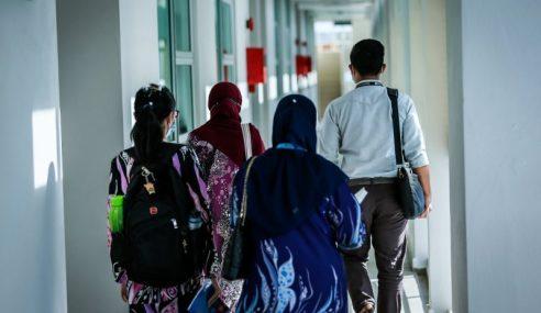KPT Kurangkan Yuran Universiti 10 Hingga 35 Peratus