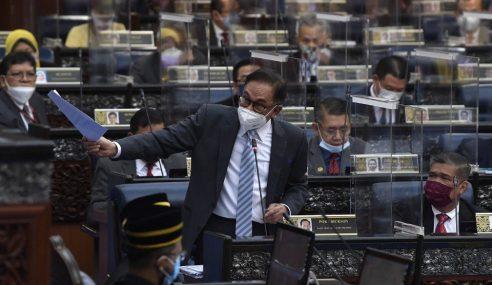 Anwar Kemuka Usul Undi Hilang Percaya Terhadap PM