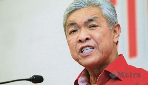 UMNO Mahu Muhyiddin, Takiyuddin Letak Jawatan